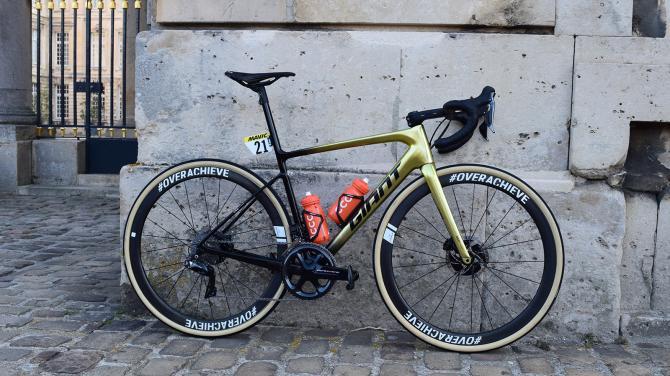 A Giant Defy de Greg Van Avermaet na Paris-Roubaix 2019