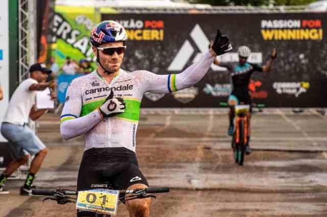 Henrique Avancini e Letícia Cândido vence a 1ª etapa da Maratona Internacional Estrada Real 2019 (1)