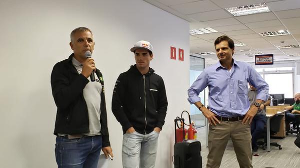 Mario Roma durante encontro com funcionários da ConectCar(Divulgação)