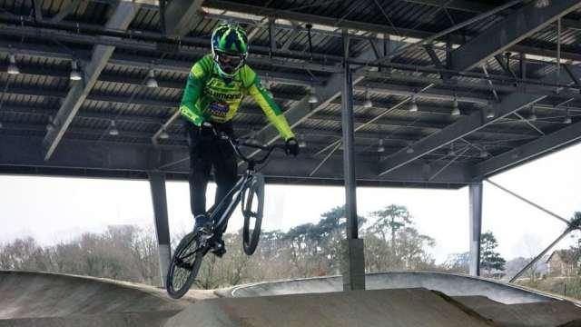 Priscilla Stevaux volta aos treinos visando a Copa do Mundo de BMX