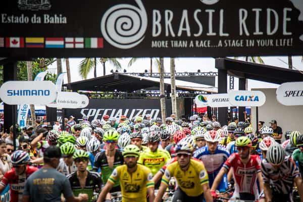 Atletas prontos para largar (Fabio Piva - Brasil Ride).jpg