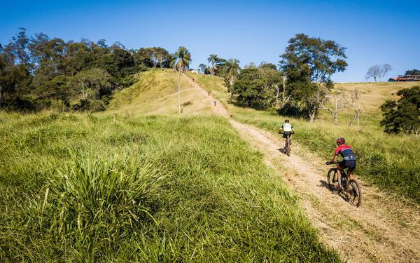 Encarando a subida (Fabio Piva  Brasil Ride.jpg