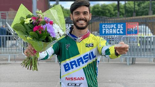 Renato Rezende e Priscilla Stevaux conquistam o bronze na Copa da França de BMX (2)