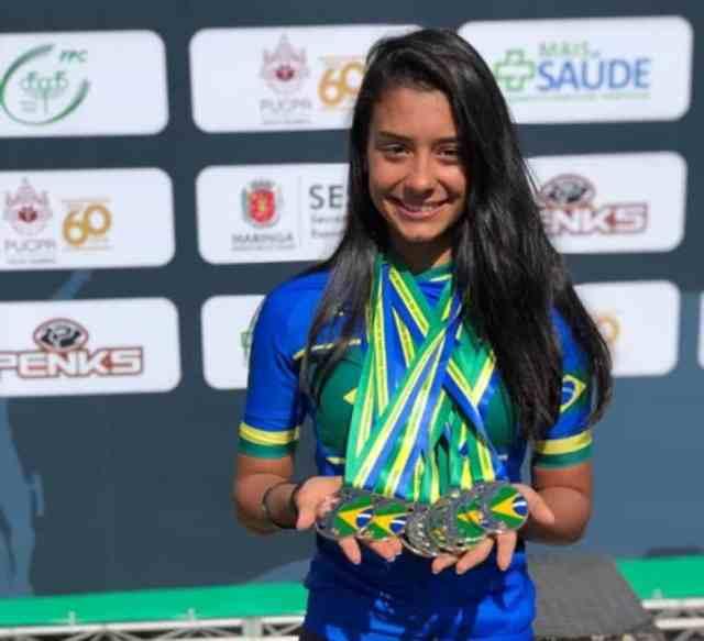 Brasileiro de Estrada e Pista Junior - Time Raiza Goulão Audax fatura 10 medalhas no campeonato