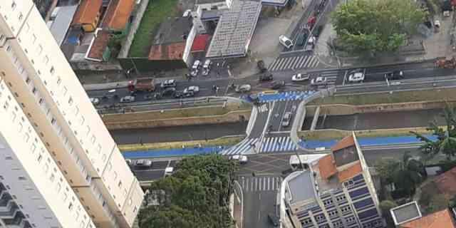 Ciclista morre atropelado por caminhão em São Bernardo do Campo (1)