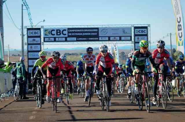 Ciclistas superam prova de resistência no Campeonato Brasileiro de Estrada Junior (1)