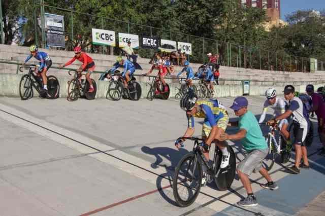 Omnium fecha 3º dia de provas do Brasileiro de Ciclismo de Pista Junior (3)