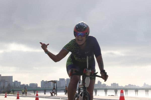ciclista-fazendo-comprimento-maceio-alagoas