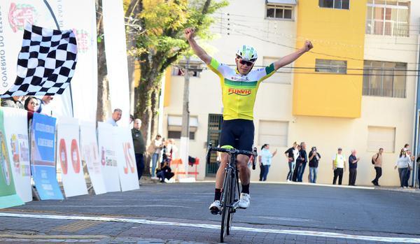 Volta Ciclística Internacional de Guarulhos (Luis Cláudio Antunes-Bike76 (2).jpg