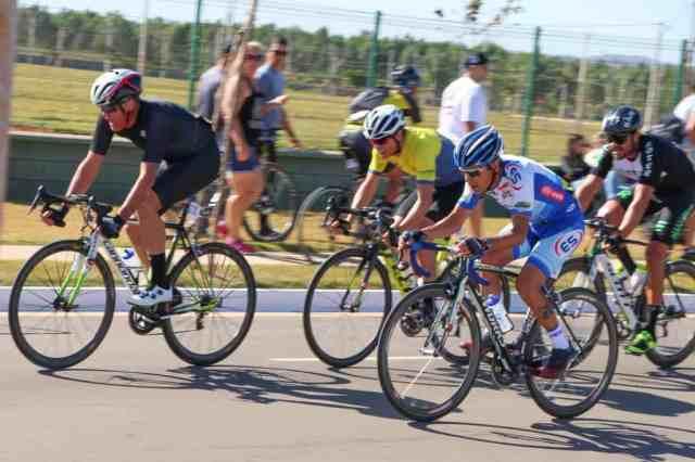 ciclistas-mostram-superacao-no-1º-dia-das-provas-de-resistência-do-brasileiro-master-2019 (1).jpg