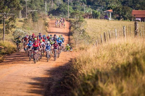 com-800-participantes-warm-up-linhares-da-brasil-ride-e-atracao-do-fim-de-semana-no-espirito-santo (2)