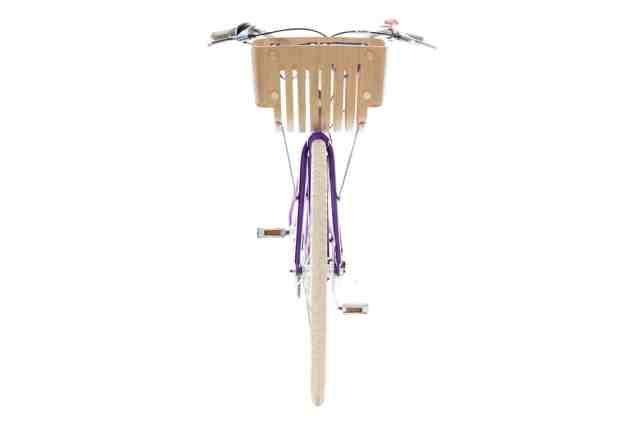 nespresso-cria-bicicleta-feita-de-capsulas-de-cafe-descartadas (1)