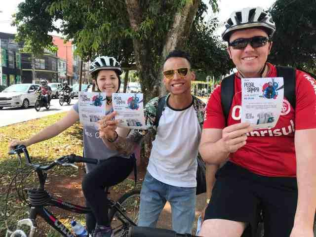 pedal-em-sampa-reune-pessoas-de-todas-as-idades-para-passeio-de-bike-no-dia-22 (2)