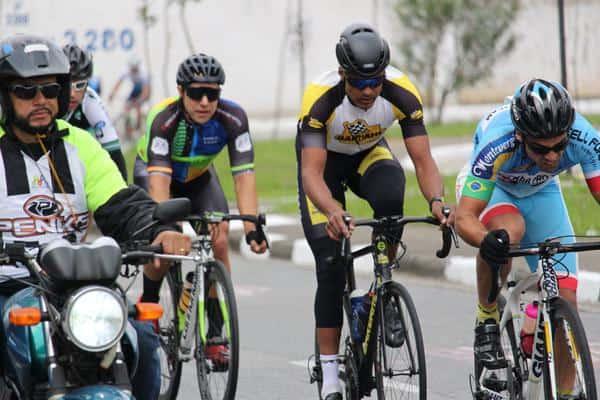 promax-bardahl-tem-2-ciclistas-no-podio-e-lideranca-mantida-na-copa-penks-de-ciclismo (2)