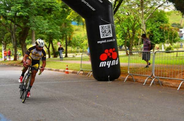 2º-lugar-de-emerson-hernachi-garante-promax-bardahl-no-podio-do-gp-cidade-cajamar-de-ciclismo (1)