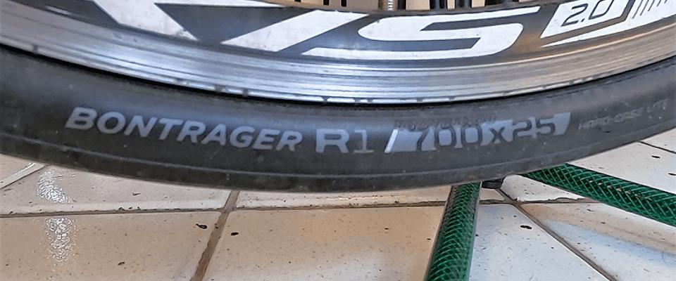 pneu Bontrager R1