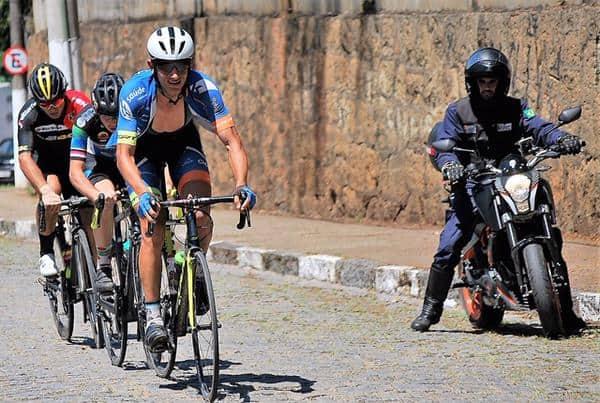 vitor-gustavo-vence-o-11º-circuito-montanhes-de-ciclismo (4)