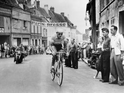 Picture of Italian cyclist Fausto Coppi (1919-60) during a stage of the Tour de France 1949. Fausto Coppi (1919-1960), one of the most famous cyclist in the world, died of malaria at the age of 40, a few weeks later. (Photo credit should read -/AFP/Getty Images)