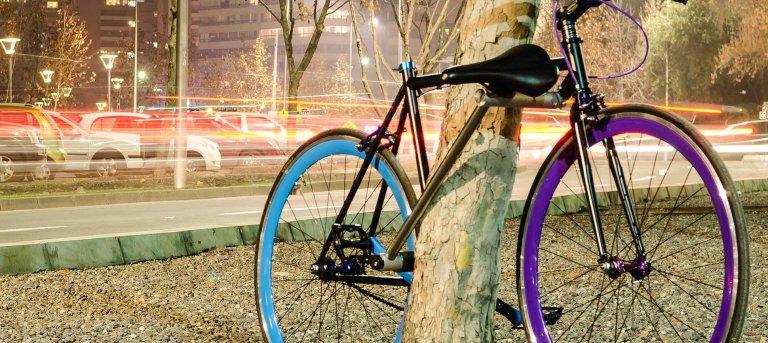 this-bike-locks-itself