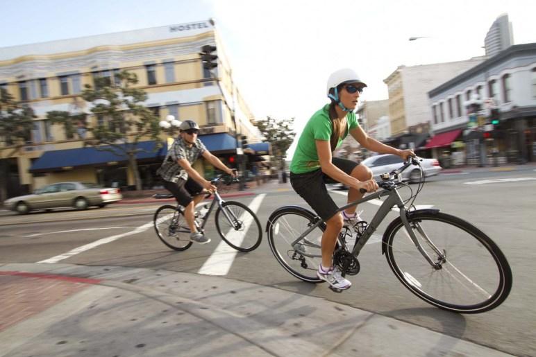 GUIA BÁSICO PARA PEDALAR NA CIDADE   Bike Dica   Onde os ciclistas ... b2dc1bbf1a