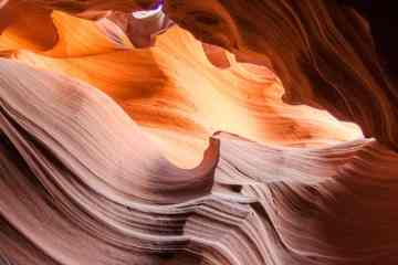 Hiking Antelope Canyon
