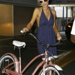 News Cycle: Paris Hilton uses bike lane!