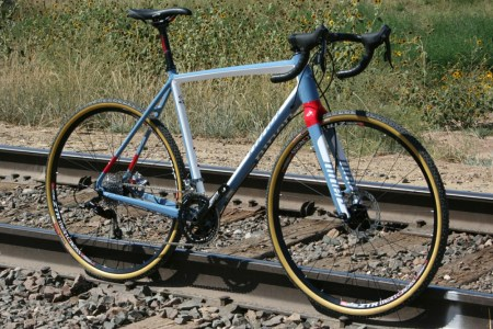 This steed, by Niner bikes, is the RLT 9 (Road Less Traveled). Aluminum frame, carbon fork, two build options. (Click all pics to enlarge.)