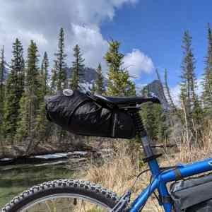 The Seatbagallows full use of the suspension seat post and contains full rain gear and clothing.