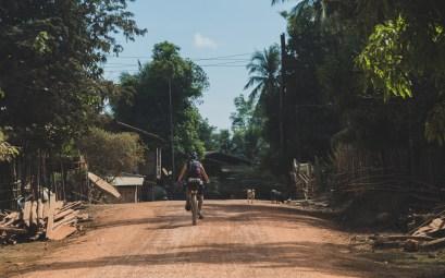 Čisté vesnice na cestě z Phon Kham