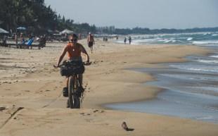 Jízda na pláži v Hoi An