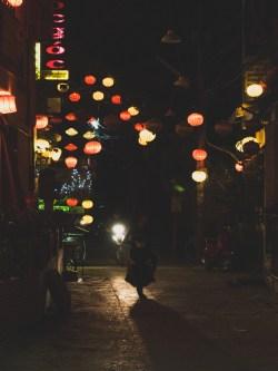 Lampionová ulička v Hoi An