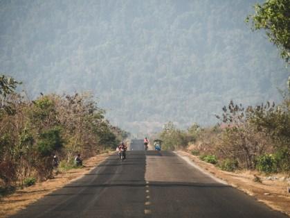 Jeden z kambodžských národních parků a kopců, který je ještě stále zelený