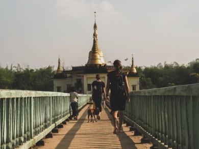 Hadí pagoda poblíž Yangonu
