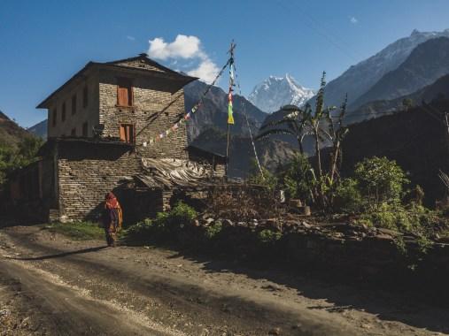 Nilgiri South. Tatopani, Nepál