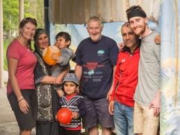 Se Zafarovou rodinou. Tang, Tádžikistán