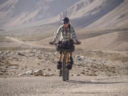 Stoupáme. Jelondy, Pamír, Tádžikistán