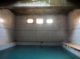 Termální bazén. Jelondy, Tádžikistán