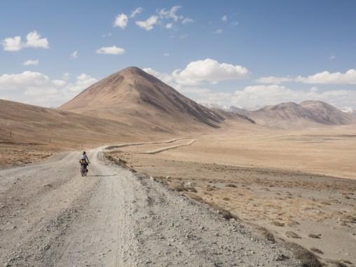 Descend to Churunkul Lake. Pamir, Tajikistan