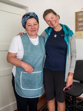 Hodina vaření Langmanu: Jak vytvořit přátelství. Naryn, Kyrgyzstán