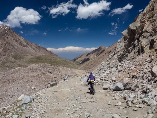 Utíkej kozičko, utíkej! Tosor Pass, Kyrgyzstán