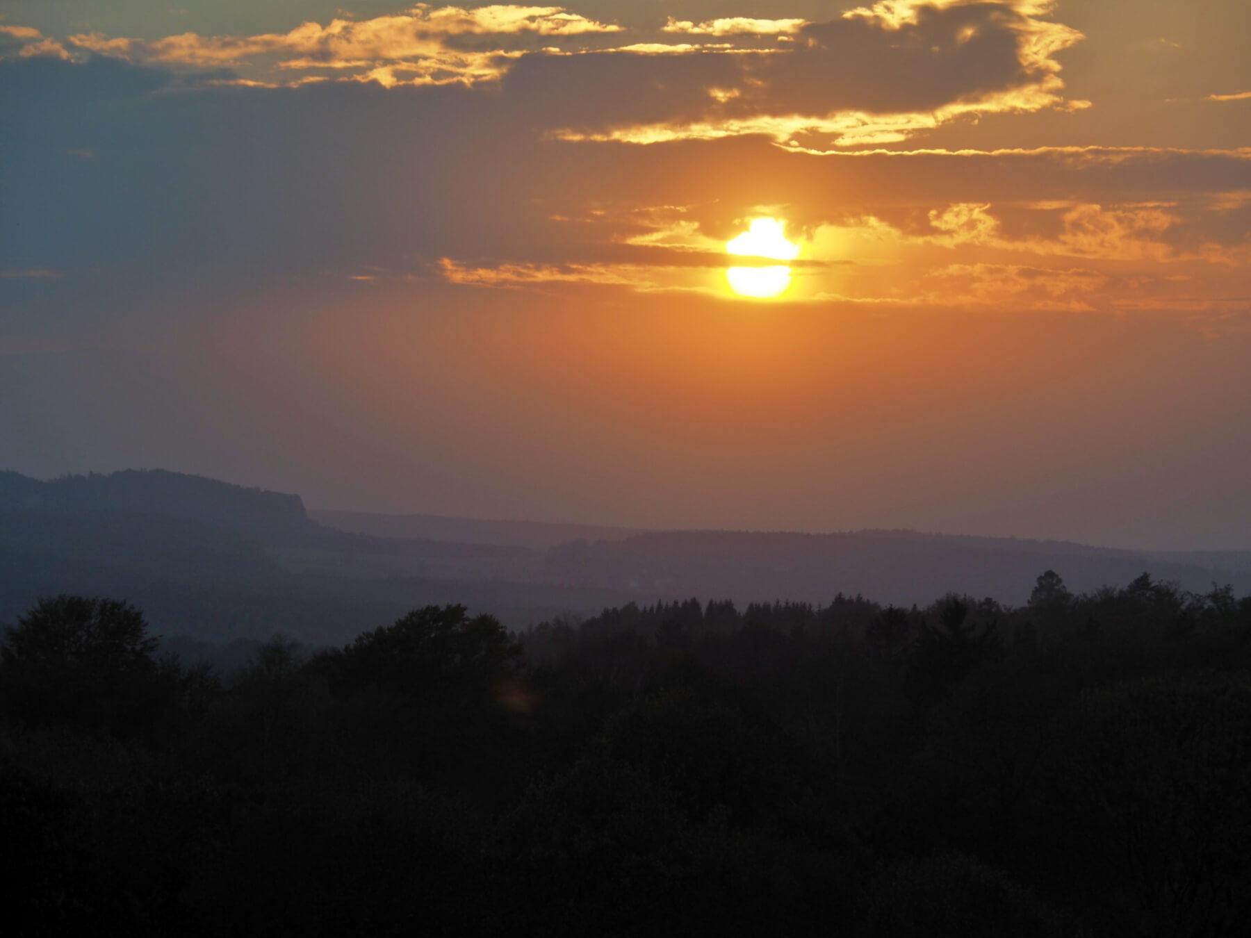 Poslední západ slunce v Německu.