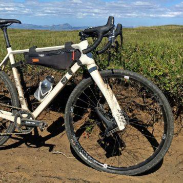 Lauf Grit SL carbon leaf spring 30mm lightweight gravel road bike suspension gravel fork side