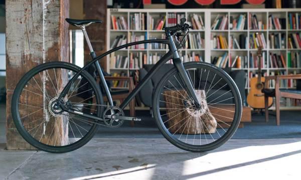 Budnitz Alpha makes swoopy, belt-drive city bike ...