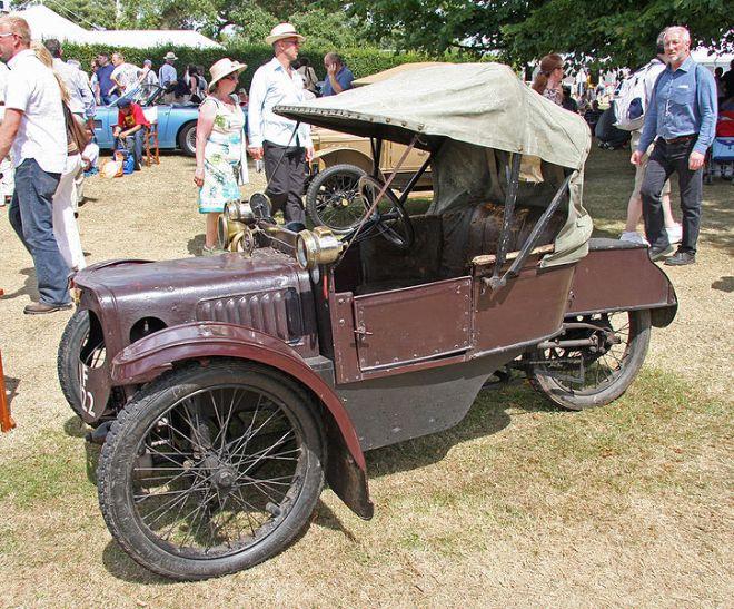1912 Morgan Runabout Deluxe Cyclecar.