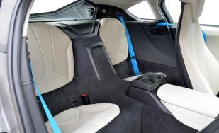 2014-bmw-i8-interior-rearseat