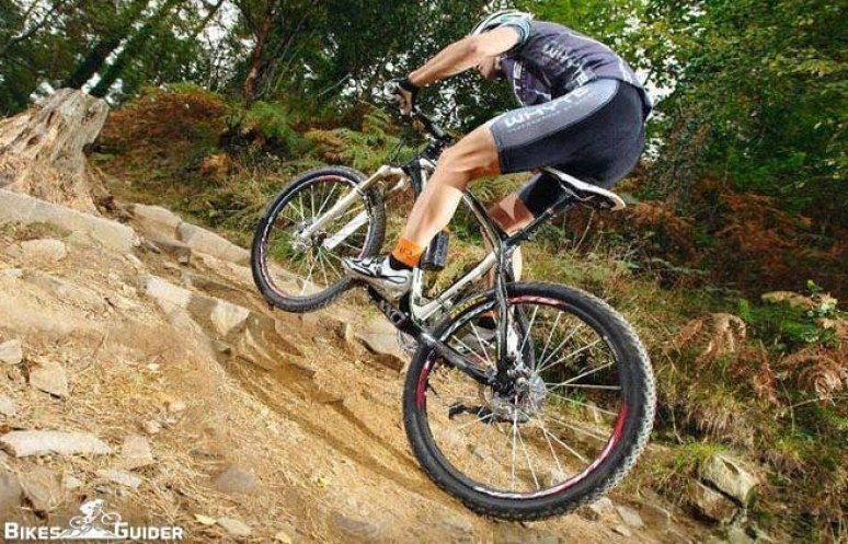 Cycling Climbing Technique - Ride Uphill Quickly & Efficiently