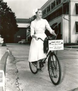 Grace-Kelly-Rides-a-Bike_From_Rides-a-Bike-Blog
