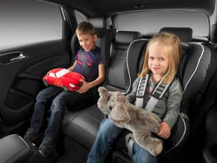 Car Seats Mandatory for 4 & 5 Year Olds
