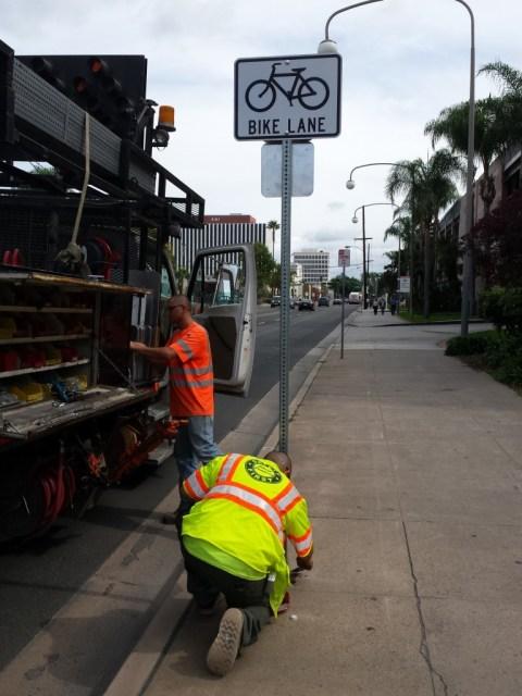 Santa-Ana-bike-lane-1