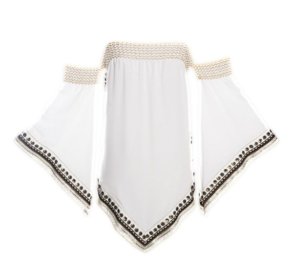 Weißes Strandkleid mit Stickerei im orientalischen Stil